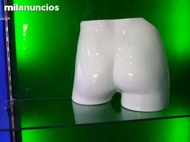 SILUETAS PLASTICO BAÑO - foto 1