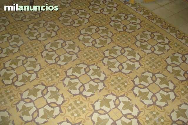 SE VENDE CASA  EN EL CENTRO DE  MONTIJO - foto 4