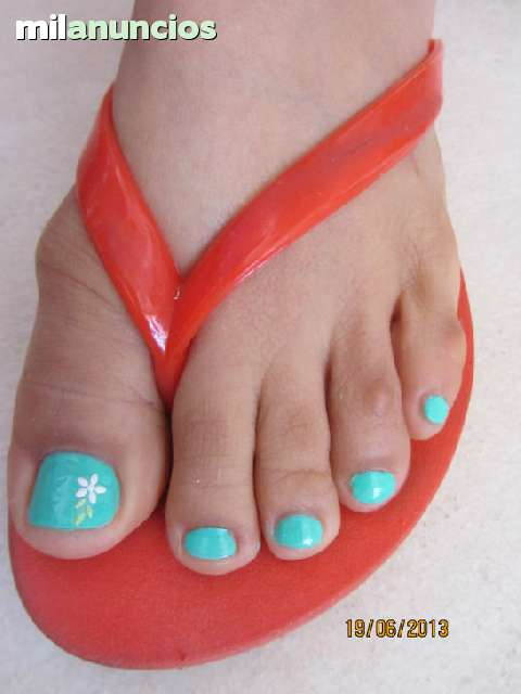 UÑAS  GEL,  PORCELANA,  PEDICURA,  PESTAÑAS - foto 3