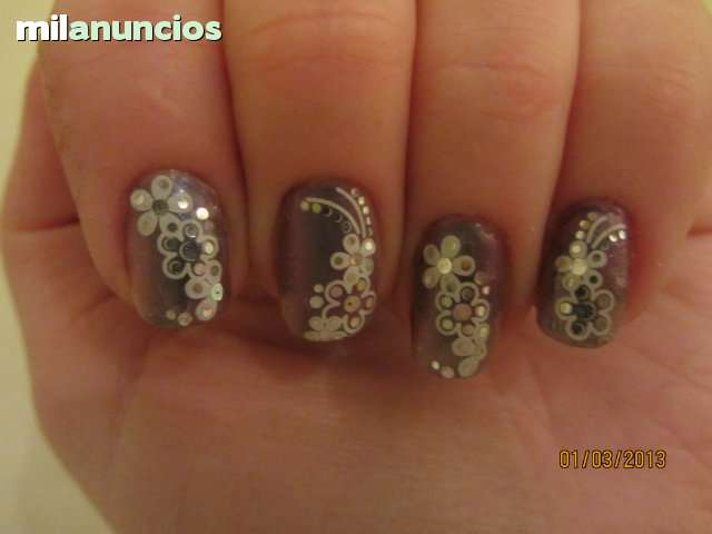 UÑAS  GEL,  PORCELANA,  PEDICURA,  PESTAÑAS - foto 5
