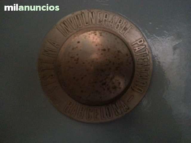 CAJA FUERTE DE 2 PUERTAS INDEPENDIENTES - foto 2