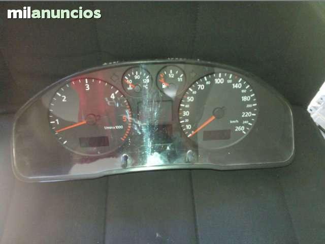 CUADRO DE RELOJES AUDI A4 8D0920900 - foto 1