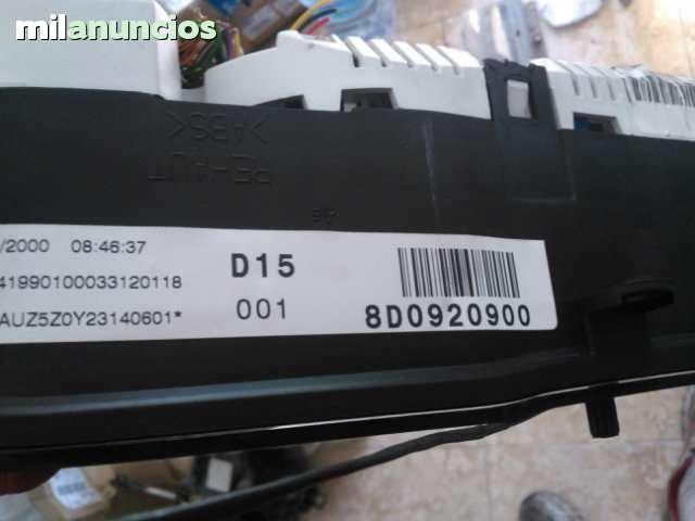 CUADRO DE RELOJES AUDI A4 8D0920900 - foto 2