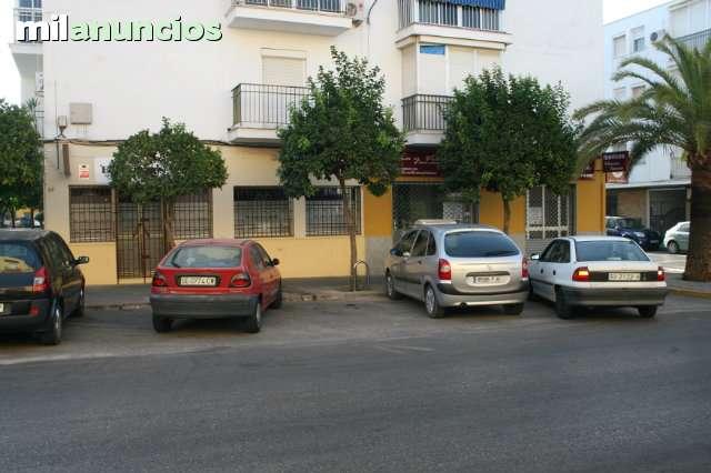 LOCAL COMERCIAL.  DOS HERMANAS - foto 2