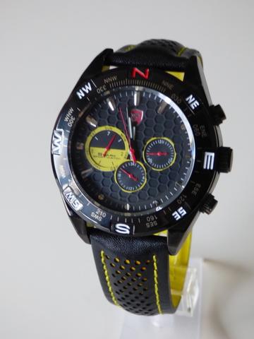 Maquinaria De Shark Reloj Cuarzo Suiza W9IE2YDH