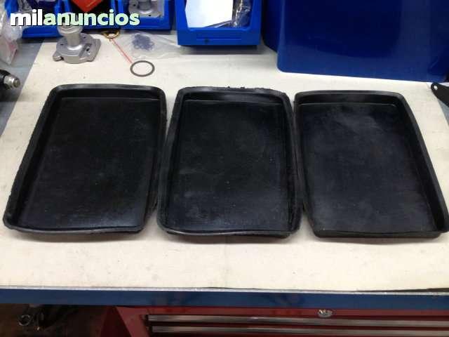 BANDEJAS DE GOMA BAJO BATERIA SEAT 124 - foto 1