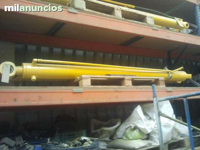 BOTELLAS ELEVACION TEREX 2566B 2766 - foto 1