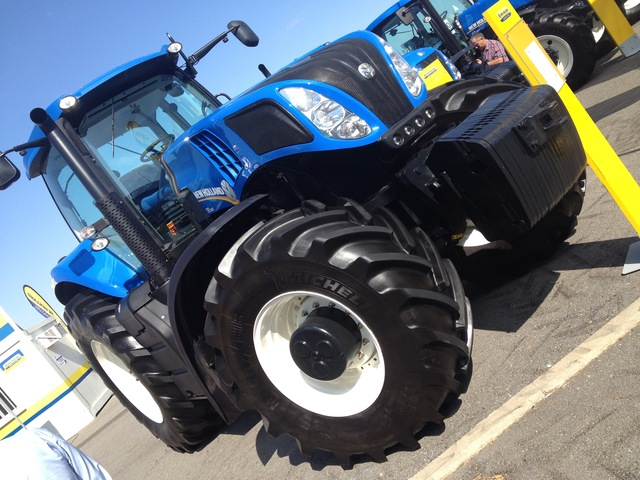 NEW HOLLAND FIAT CASE FORD - foto 1