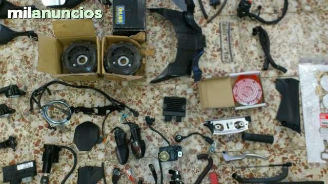 HONDA CBR 1000RR DEL 2009 PARA DESPIECE - foto 7