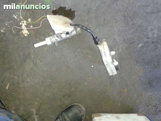 BOMBA DE FRENOS PEUGEOT 307 - foto 2