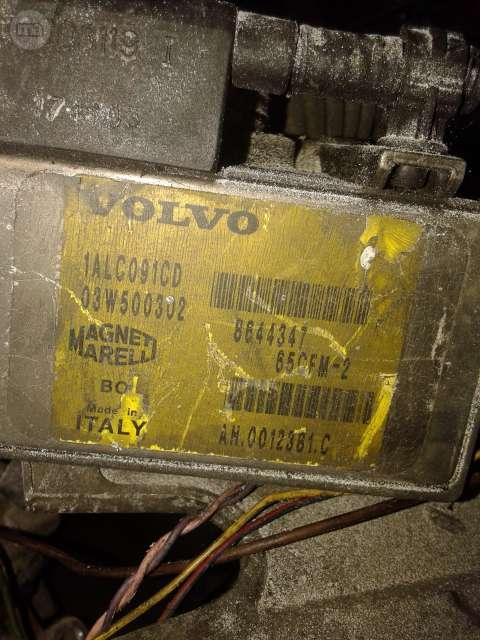DESPIECE VOLVO V70 2. 4T B5244T3 T5 - foto 9