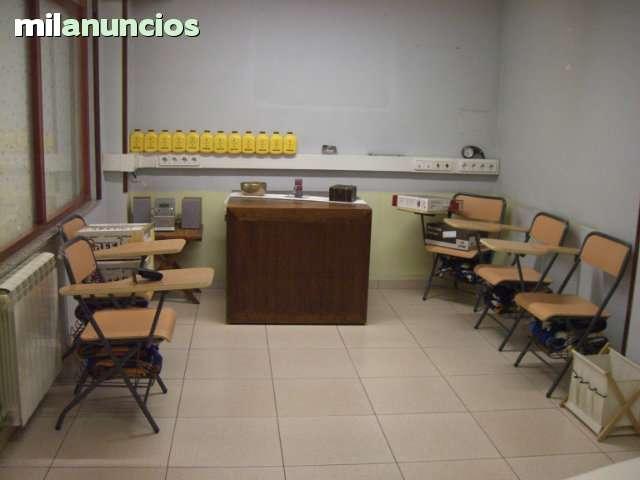 SE VENDE SILLAS DE MADERA PLEGABLES CON - foto 3