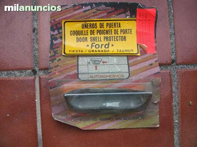 JUEGO UÑEROS COCHES CLASICOS - foto 2