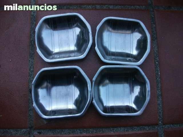 JUEGO UÑEROS COCHES CLASICOS - foto 8