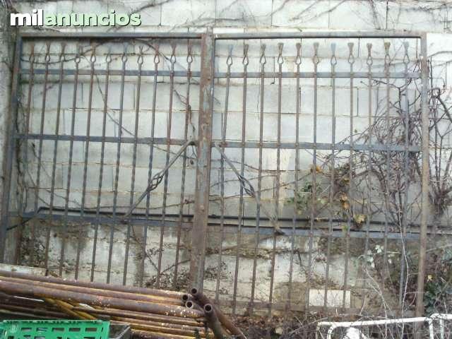 LOTE DE ARTICULOS DE HIERRO MACIZO - foto 1
