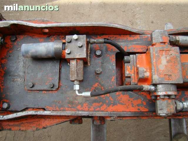 MARTILLO HIDRÁULICO NPK E 210 B - foto 5