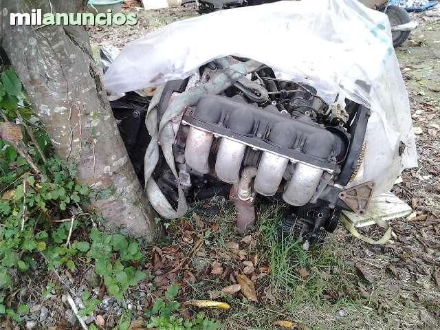 VENDO  PIEZAS Y MOTORES DE FURGONETAS - foto 2