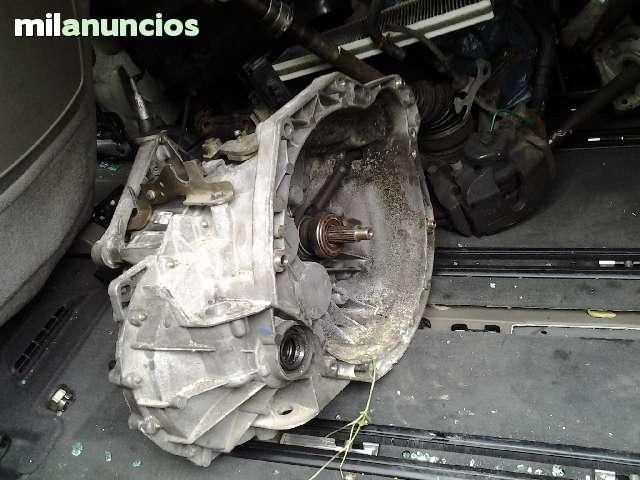 VENDO  PIEZAS Y MOTORES DE FURGONETAS - foto 3