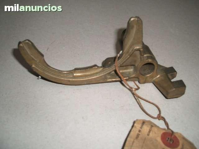 HORQUILLA VELOCIDAD RENAULT 4L - foto 1