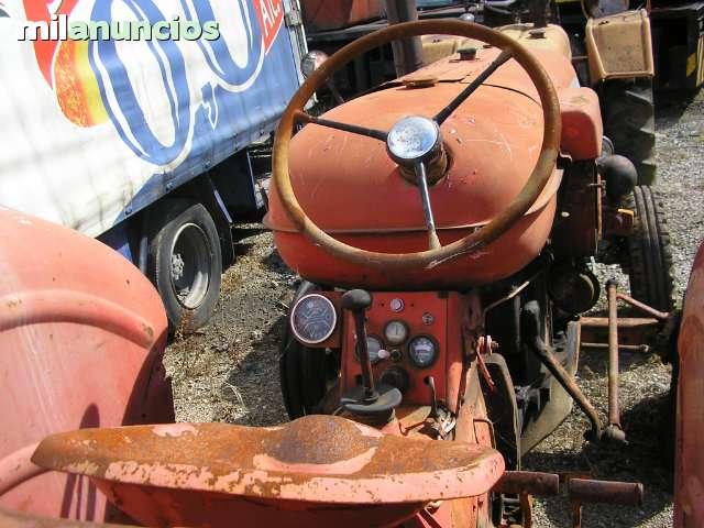 TRACTOR MOTRANSA NUFFIELD 10/60 - foto 4