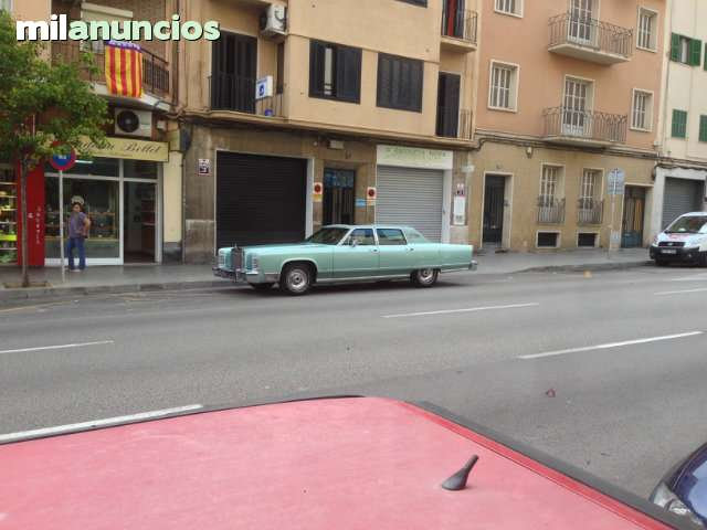 FORD - LINCOLN CONTINENTAL TOWN CAR - foto 5