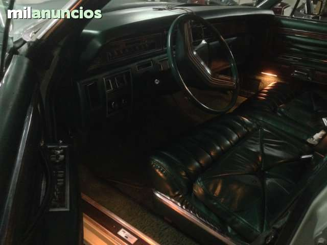FORD - LINCOLN CONTINENTAL TOWN CAR - foto 7