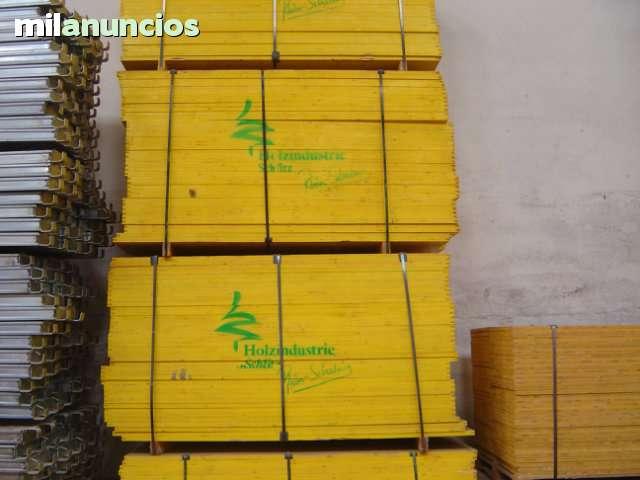 TABLERO DE ENCOFRADO,  PUNTALES Y PANELES - foto 1