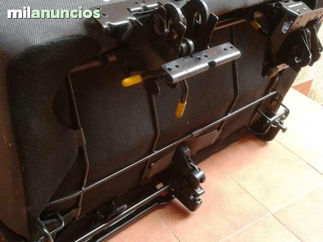 ASIENTO DOBLE PLEGABLE CON CINTURONES - foto 3
