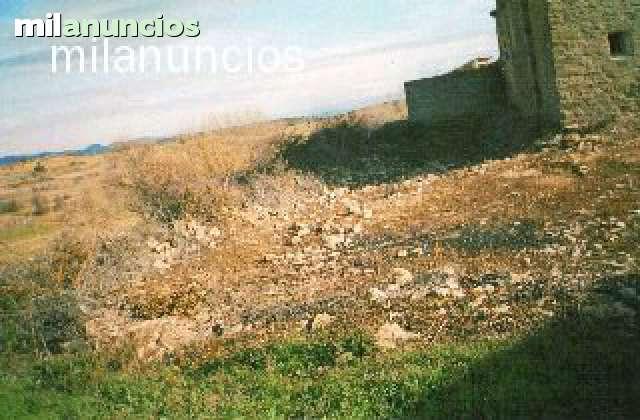 TERRENO EN ARROYO CEREZO - foto 1