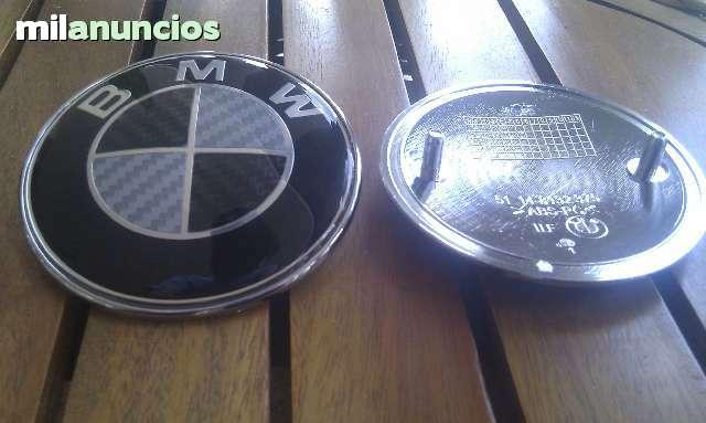 EMBLEMA BMW CARBONO FRONTAL Y TRASERO - foto 2