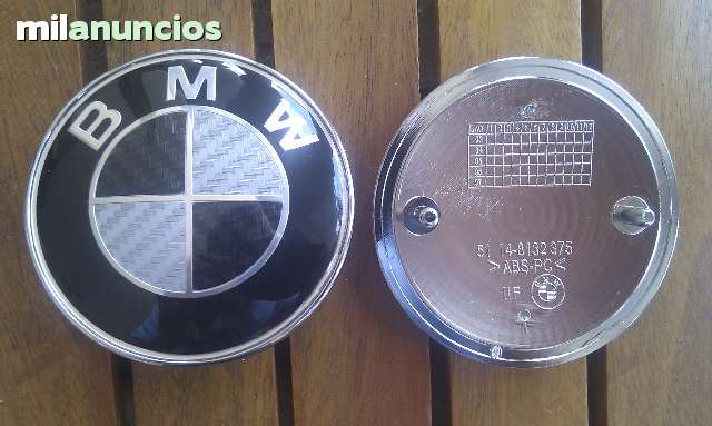 EMBLEMA BMW CARBONO DELANTERO Y TRASERO - foto 1