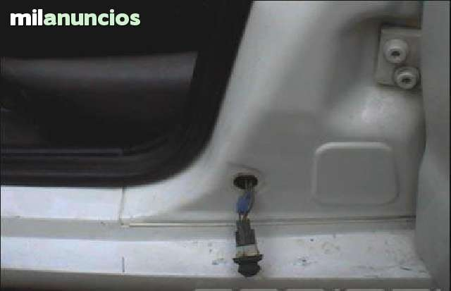 PULSADOR INTERRUPTOR PUERTA SEAT VW - foto 2