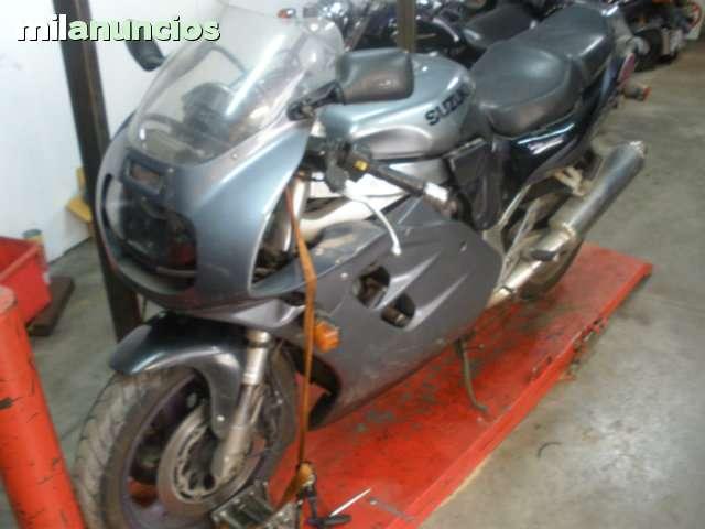 SUZUKI GSXR 1100 (93) AGUA - foto 1