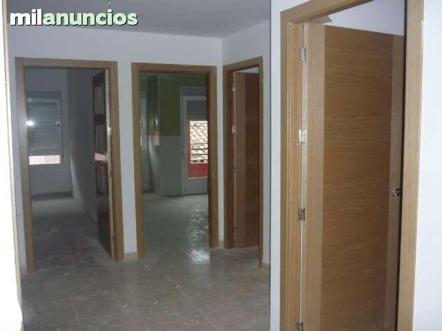 PISO Y EDIFICIO REFORMADO - foto 3