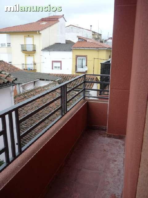 PISO Y EDIFICIO REFORMADO - foto 9