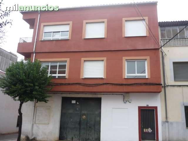 PISO Y EDIFICIO REFORMADO - foto 1