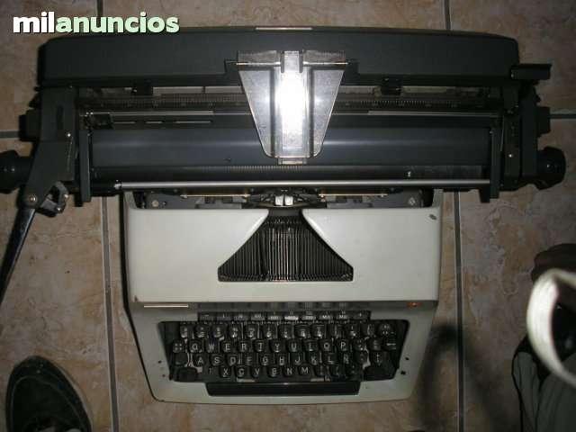 Se Vende Maquina De Escribir Olympia
