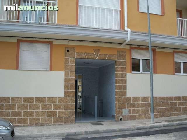 PISO EDIFICIO PERLABLANCA - foto 1