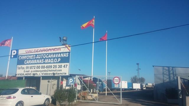 PARKING CARAVANAS Y AUTOCARAVANAS - foto 1