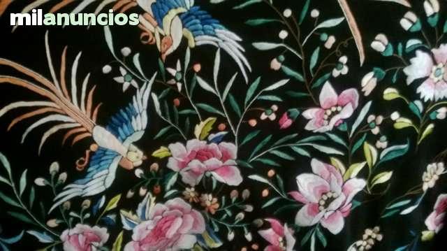 MANTONES BORDADOS (DISTINTOS MODELOS)