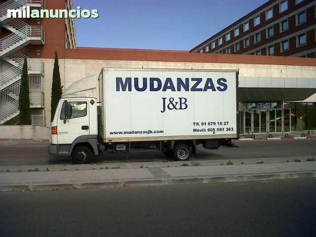 CAMION MUDANZAS MAS CHOFER 230 - foto 1