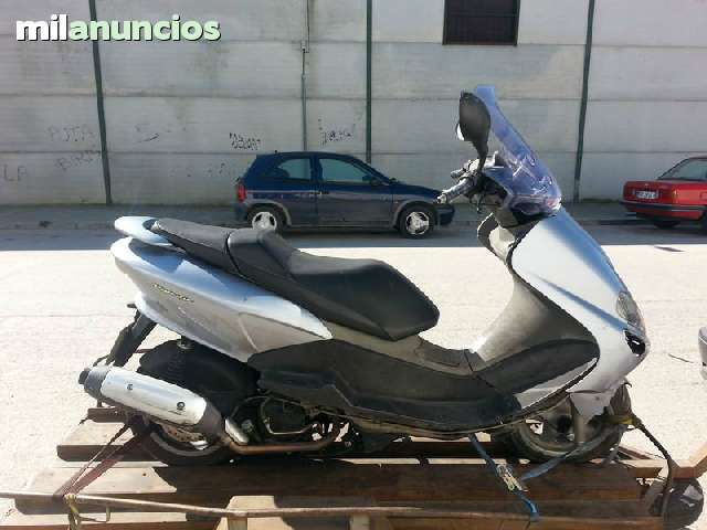 DESPIECE COMPLETO YAMAHA MAJESTY 125 06