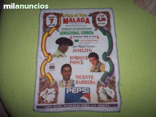 LOTE DE CARTELES DE TOROS DE TELA - foto 4