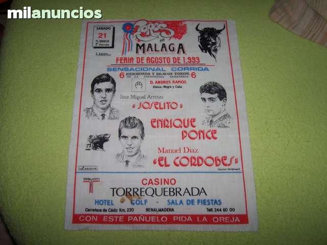 LOTE DE CARTELES DE TOROS DE TELA - foto 8