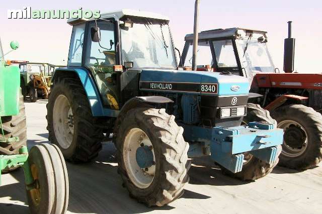 NEW HOLLAND FORD - 8340