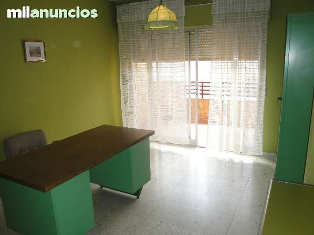 VENTA PISO 5 DORMITORIOS CÉNTRICO - foto 6