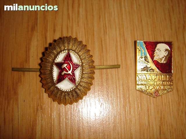 2 Insignias De La Unión Soviética