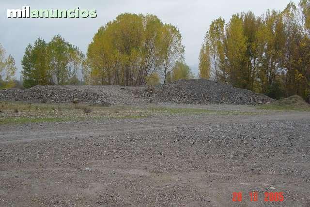 PARCELA EN AINSA (HU) DE 5. 000 M2 - foto 2