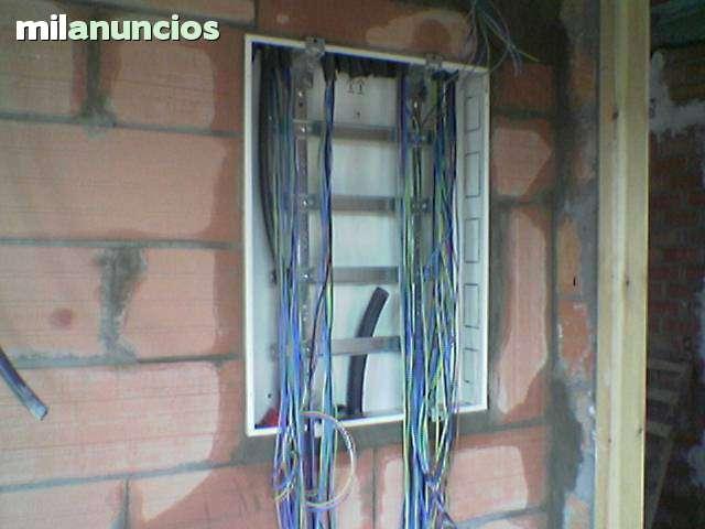 ELECTRICISTA TARREGA FONTANERIA CALEFAC