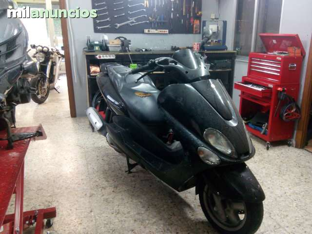 DESPIECE YAMAHA MAJESTY 125 180 2005